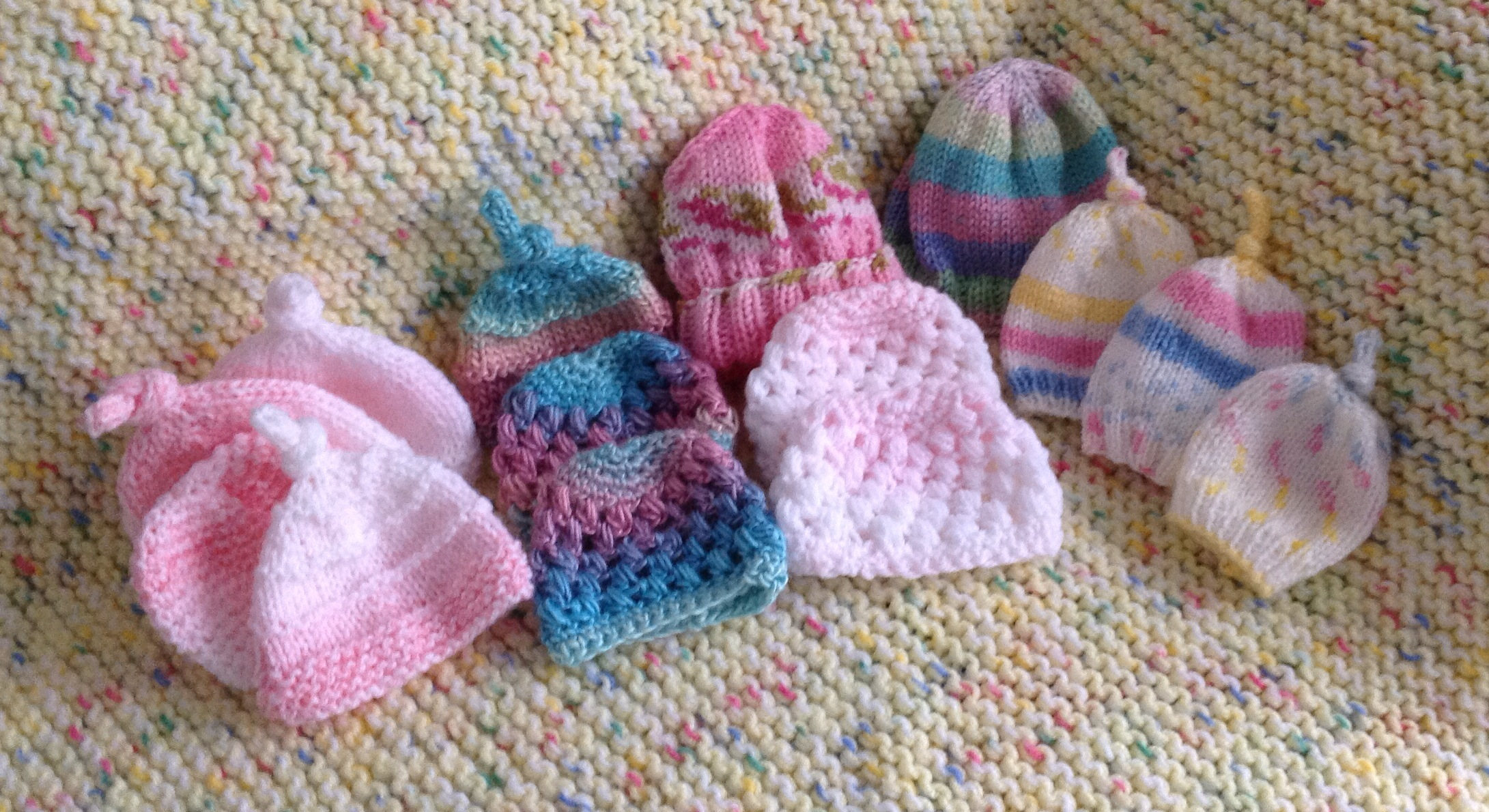 The tiniest hats are for preemies. fff090b0502